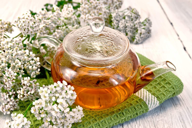 Esenciální olej Řebříček - použití, účinky, recepty | eshop Byliny&Tradice